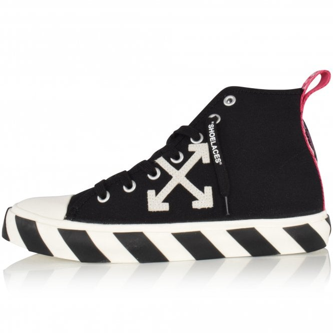 OFF-WHITE Black/White Arrow High-Top Trainers Close