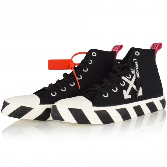 OFF-WHITE Black/White Arrow High-Top Trainers Front