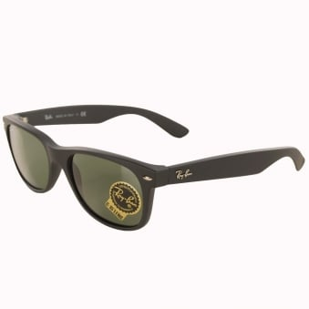 Ray-Ban Matte Black New Wayfarer Classic Sunglasses